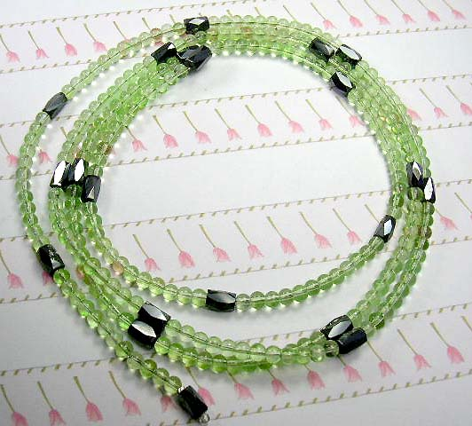 Sell magnetic hematite jewelry manufacturer from US, supply mineral hematite wrap beaded green